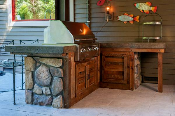 outside-kitchen-bellevue-wa